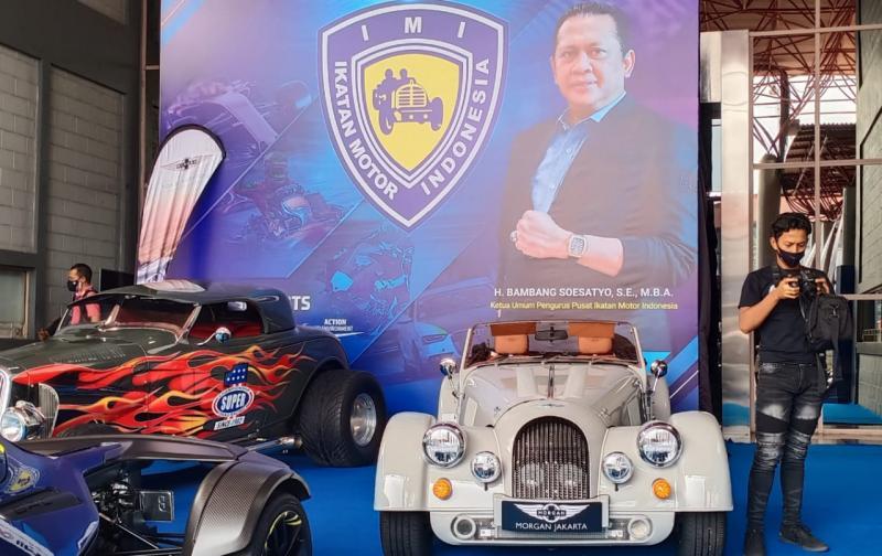 Selain beberapa unique car didisplay PPMKI, juga ada di booth IMI pada IIMS Hybrid 2021 di JI-Expo Kemayoran Jakarta Pusat