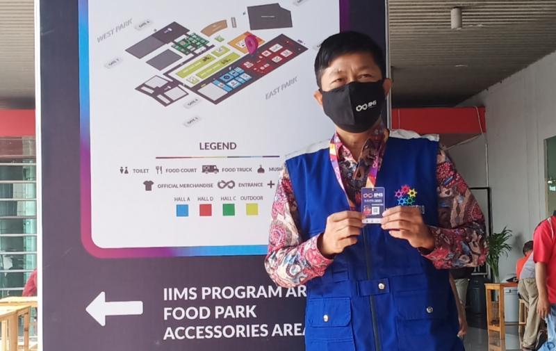 Hendra Noor Saleh, sama seperti saat ke mall hanya test suhu (thermogun) untuk pengunjung IIMS Hybrid 2021 di JI-Expo Kemayoran Jakarta