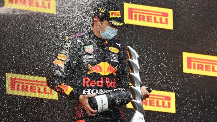 Max Verstappen (Belanda/Red Bull Honda) saat menang di GP Emilia Romagna 2021, siap tarung panjang musim ini. (Foto: gpfans)