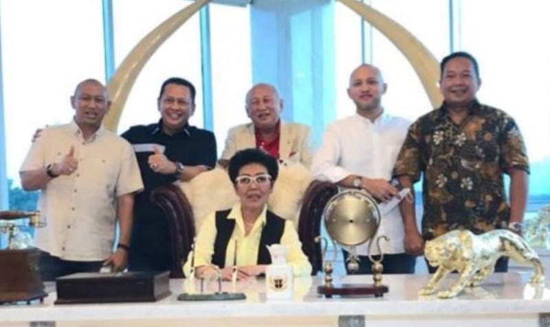 Bamsoet didampingi Ananda Mikola menerima manajemen sirkuit Sentul dan pengurus IMI DKI Ketum Anondo Eko dan Sekum Dodi Irawan