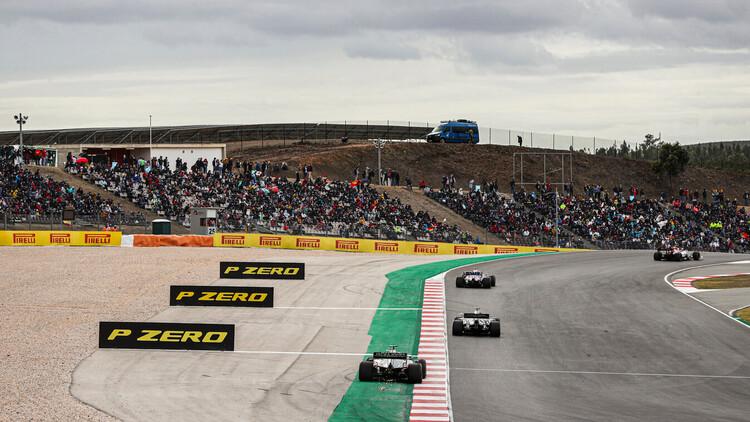 Ini wikayah track limit yang bisa jadi jebakan betmen buat pembalap. (Foto: pirelli)