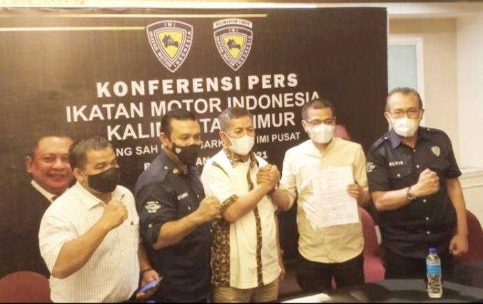 Dari kiri Sumarlani, Kombes Samsul Bahri, H.Redy Asmara, H. Aminullah dan Elvis Junaedi, rekonsiliasi IMI Kalimantan Timur