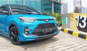 Toyota Raize sudah mendapatkan relaksasi PPnPM 0% sehingga mendapat pengurangan harga Rp 16-20 juta. (foto : bs)