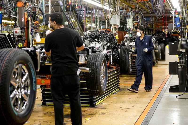 Salah satu pabrik mobil di Amerika, Ford turut mengalami masalah pasokan Cip Semikonduktor