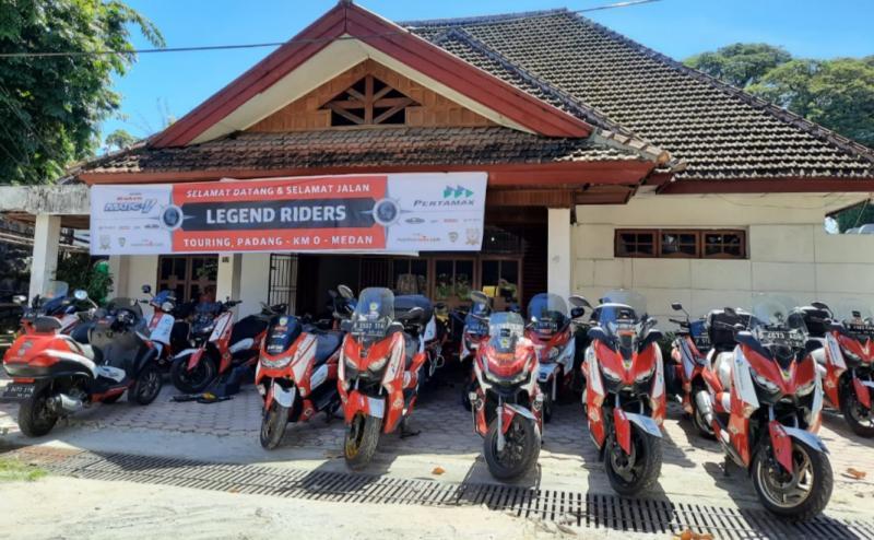Semua motor telah tiba dan stand by di Padang untuk touring menuju Sabang, Nanggroe Aceh Darussalam. (foto : ende)