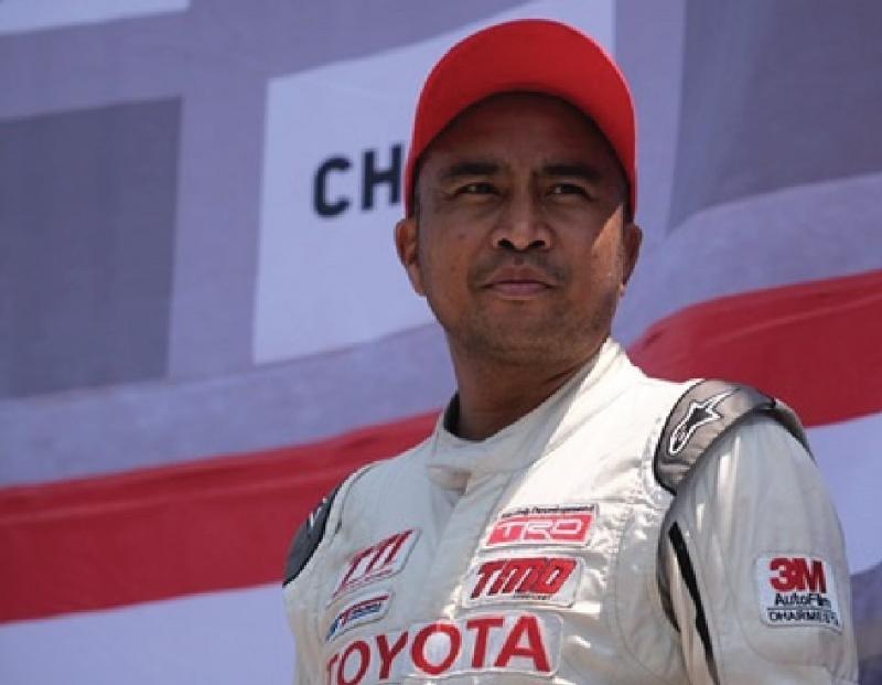 Haridarma Manoppo, selalu optimis dan lakukan yang terbaik pada Kejurnas balap mobil ISSOM. (foto : TTI).