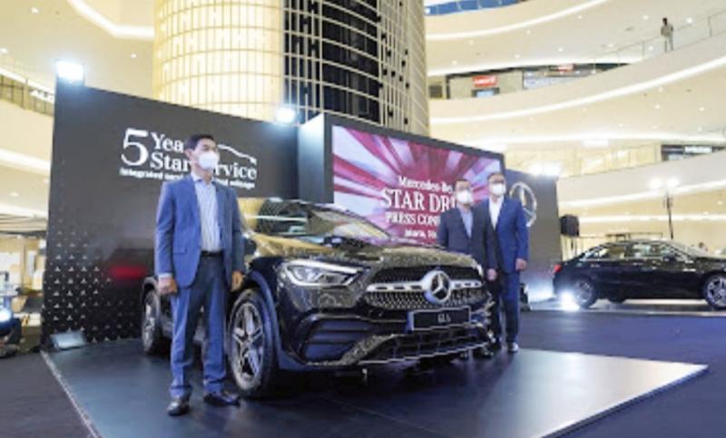 Mercedes-Benz dan Mercedes-AMG sport coupe diperkenalkan kepada publik untuk pertama kalinya pada Mercedes-Benz STAR DRIVE 2021 di Senayan City, Jakarta, Kamis (3/6/2021).