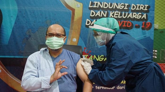 Kayawan Astra Daihatsu Motor mengikuti program vaksinasi Covid-19