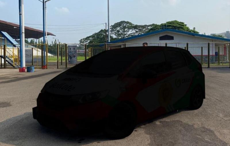 Livery mobil balap Honda Jazz yang akan digas youtuber Ridwan Hanif di ajang balap mobil ISSOM 2021 bikin penasaran. (foto : ig ridwanhr)