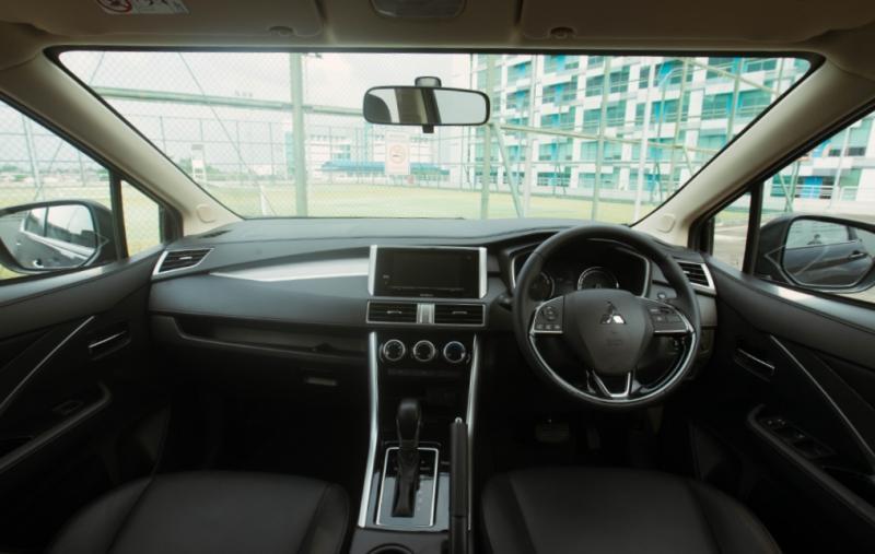 Dominasi aksen hitam pada interior Xpander Cross Rockford Fosgate Black Edition yang hari ini diluncurkan
