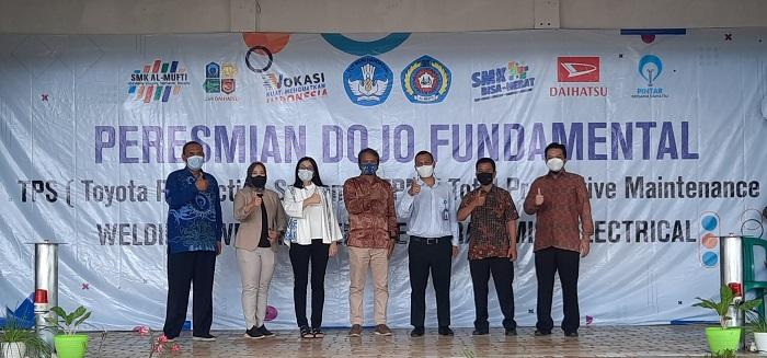 Seremoni peresmian peluncuran fasilitas Dojo oleh Daihatsu bekerjasama dengan SMK Al Mufti di Jawa Barat