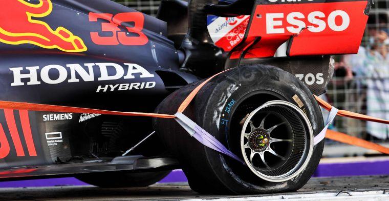 Ban belakang kiri RB16B milik Max Verstappen (Red Bull Honda) yang terlepas dari velg di GP Azerbaijan. (Foto: ist)