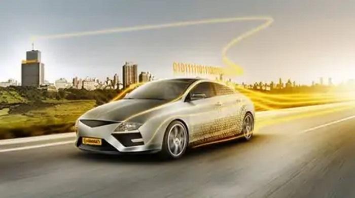 Mobil dengan signal dan sensor untuk memprediksi pergerakan pejalan kaki dan pengendara lain di jalan raya sehingga dapat mengantisipasi kecelakaan