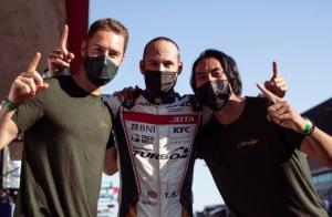 Dari kiri Stoffel, Tom dan Sean Gelael, berharap tidak ada hambatan di raceday hari ini di sirkuit Portimao Portugal