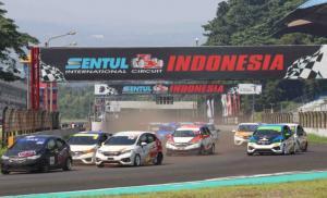 Serunya persaingan di Honda Jazzz Speed Challenge dan Honda Brio Speed Challenge di sirkuit Sentul, Minggu (13/6/2021)