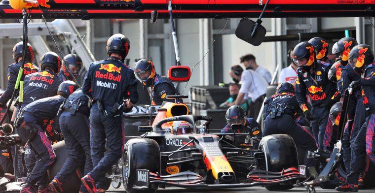 Proses pitstop Red Bull Honda selalu terbaik, kini dipertanyakan Mercedes legalitas alatnya. (Foto: redbull)