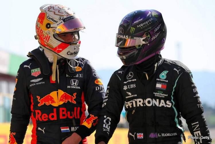 Max Verstappen (Red Bull) dan Lewis Hamilton (Mercedes), hanya 2 pria ini yang bersaing berebut gelar F1 2021. (Foto: grandpeix247)