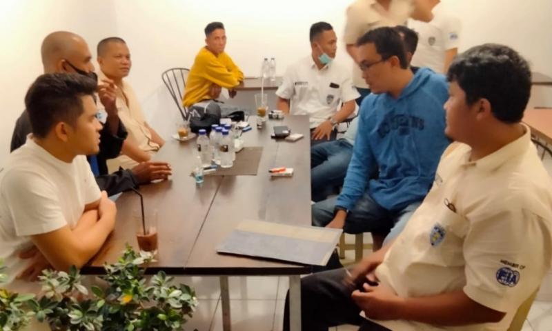 Tim verifikasi IMI Sumatera Barat saat menemui klub anggota IMI di Payakumbuh dan 50 Kota.