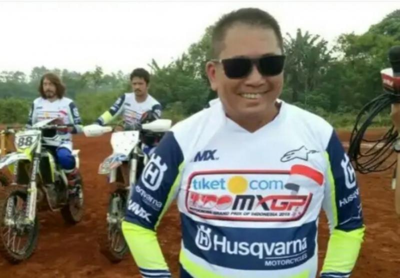 Alfonsus Judiarto, tokoh sentral yang menghadirkan kejuaraan dunia motocross MXGP di Pangkalpinang, Semarang dan Palembang. (foto : budi santen)