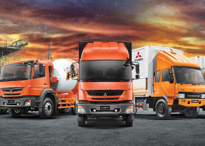 Deretan truk Mitsubishi Fuso yang menjadi bagian dalam mendukung bisnis dan pekerjaan innfrastruktur di Indonesia