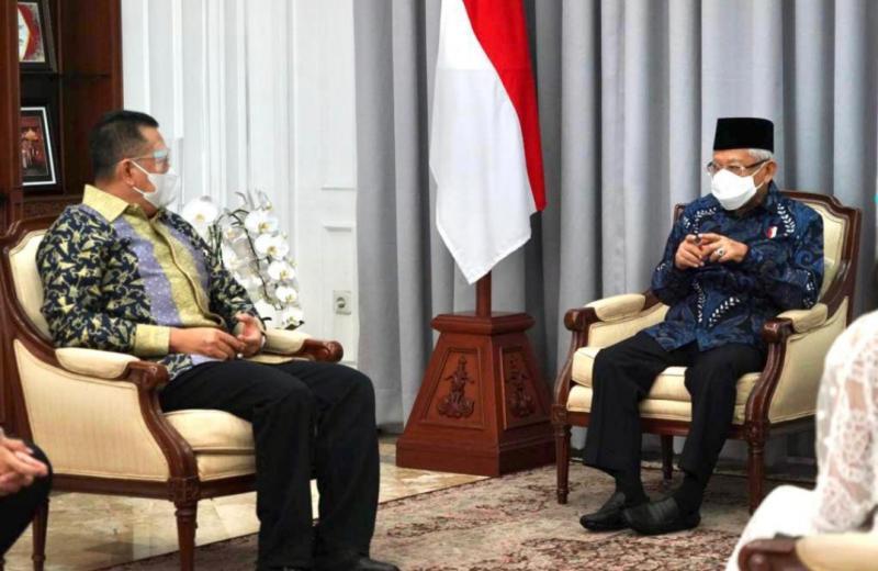Ketum IMI dan Ketua MPR-RI Bamsoet saat menghadap Wapres KH Maruf Amin, optimis heird immunity tercapai tahun ini!