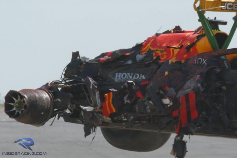 RB16B milik Max Verstappen yang remuk di Silverstone korban dari brutalisme Mercedes. (Foto: insideracing)