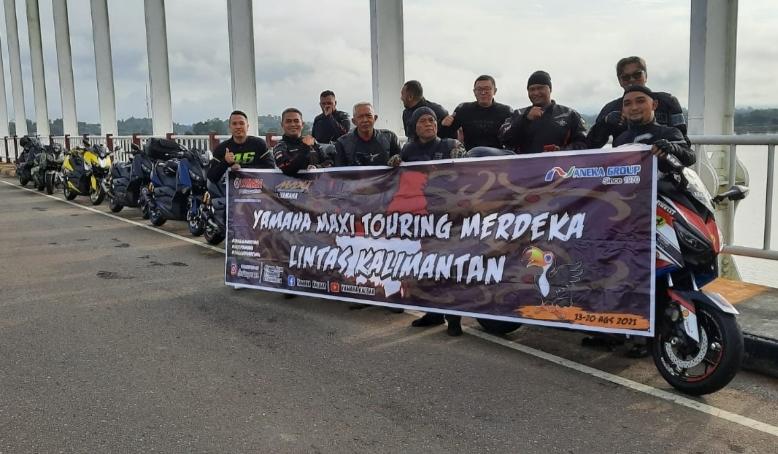 Cara unik komunitas MAXI Yamaha Pontianak, Kalimantan Barat sambut HUT RI Ke-76