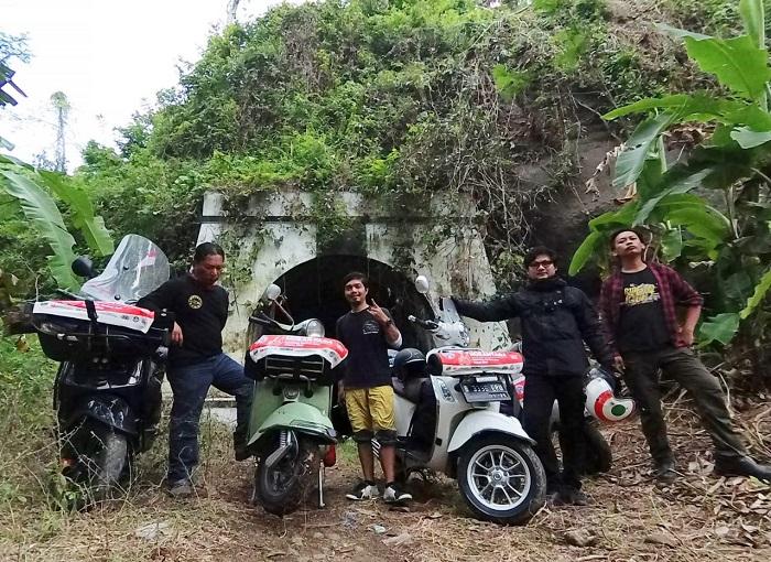 Salah satu lokasi bersejarah yang disambangi VCN dalam perjalanan memotret sejarah Indonesia