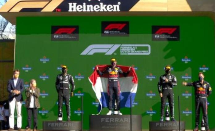 Max Verstappen (Belanda/Red Bull Honda), momen spesial dan bersejarah di Sirkuit Zandvoort. (Foto: f1)