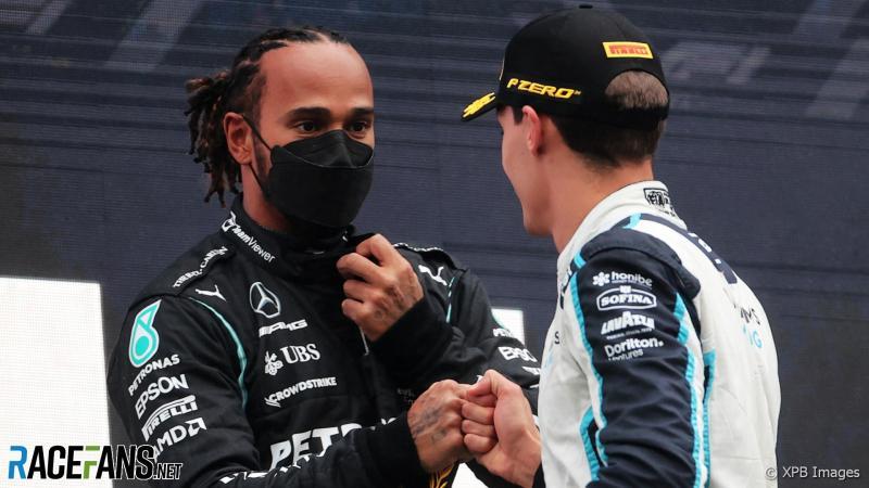 Lewis Hamilton dan George Russell, duet Inggris di skuad Mercedes mulai 2022. (Foto: racefans-xpbimages)
