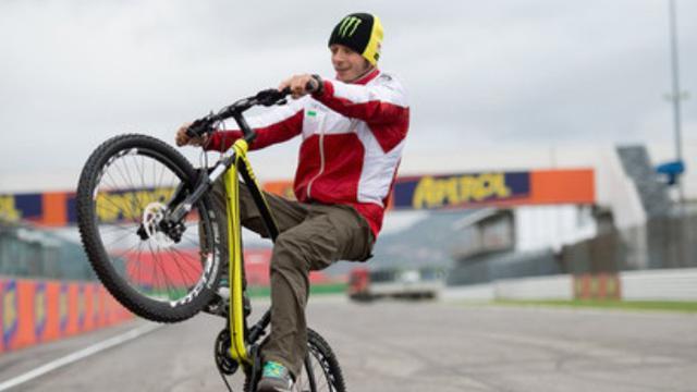 Sepeda listrik atau e-bike yang diproduksi merek VR46 dengan sejumlah perusahaan partnership