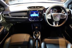 Dashboard All New Honda BR-V yang memiliki sejumlah fitur yang bisa diaktifkan hanya dengan sentuhan jari