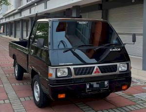 Pickup andalan Mitsubishi, L300 yang memiliki daya angkut mumpuni untuk angkutan barang
