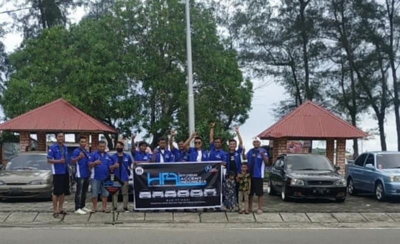 Touring perdana komunitas Hyundai Accent Indonesia Chapter Bukittinggi yang mendapat sambutan sangat antusias para anggota
