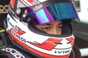 Avila Bahar, mencetak hattrick kemenangan pada kejuaraan balap mobil ISSOM 2021
