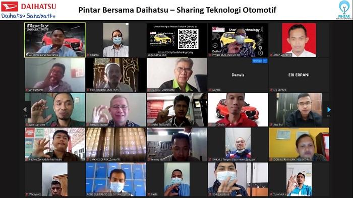 Daihatsu berbagi pengetahuan otomotif dengan para guru SMK se Jakarta dan Banten
