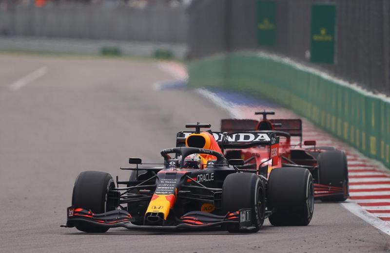 Performa mobil Formula 1 Red Bull Honda ditopang dengan kualitas terbaik Mobil Lubricants