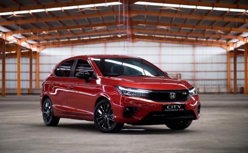 Unit Honda City Hatchback RS termasuk yang digeber produksinya memenuhi permintaan konsumen