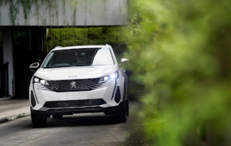 Paket spesial dapat memiliki New Peugeot 3008 & 5008 SUV dari Astra Peugeot di bulan Oktober 2021