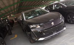 Sosok New Peugeot 5008 SUV Allure Plus resmi mendarat di Indonesia melalui pelabuhan Tanjung Priok