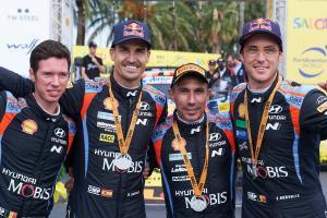 Pasangan tim Hyundai Thierry Neuville/Martjin Widaeghe serta Dani Sordo/Candido Carrera, dominan di trek aspal Spanyol. (Foto: hyundai)