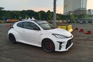 Media berkesempatan menjajal Toyota GR Yaris WRC versi jalan raya yang mendapat respon sangat positif konsumen, di BSD City, Tangerang, Kamis (21/10/2021). (foto : budsan)
