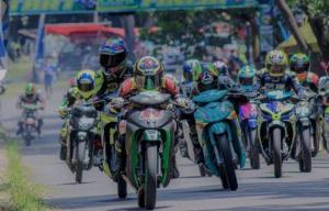 Kejuaraan balap motor bergulir kembali di Jambi, sudah lama ditunggu pembalap